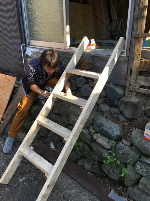 変える前に階段作ってくれてった